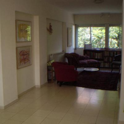 offside view (from kitchen) of living room